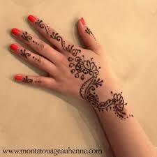 tatouage au henné noir modèle 04