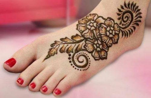 tatouage au henné noir modèle 06